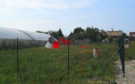 Predám stavebný pozemok v Ivanke pri Nitre - všetky siete.