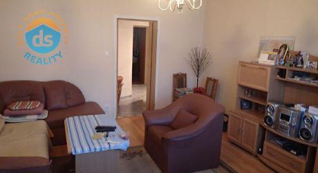 Na predaj byt 3+1s lodžiou, 61 m2, Dubnica nad Váhom, ul. Pod Hájom