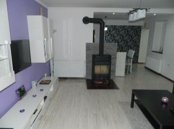 Prenajmeme 2-izbový rodinný dom v obci Váhovce