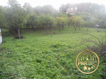Predaj pozemku 1934m2 v podhorskej obci Uhrovské Podhradie  pri Bánovciach n/B.