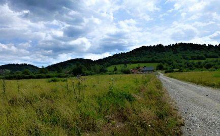 Pozemky so stav. povolením, krásny výhľad - Brezno