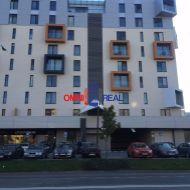 Garážové parkovacie státie, Rusovská cesta - Petržalka City I., 3 parkovacie státia vedľa seba k dispozícii