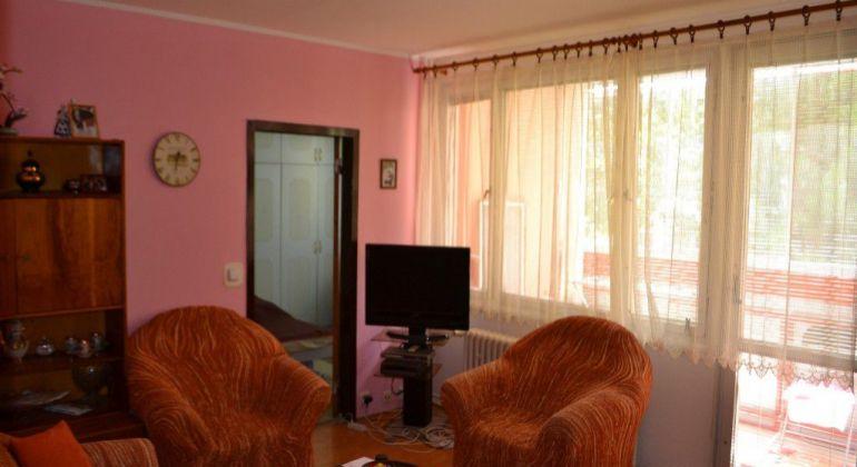 Juh I. - Štvorizbový byt s balkónom + garáž v cene