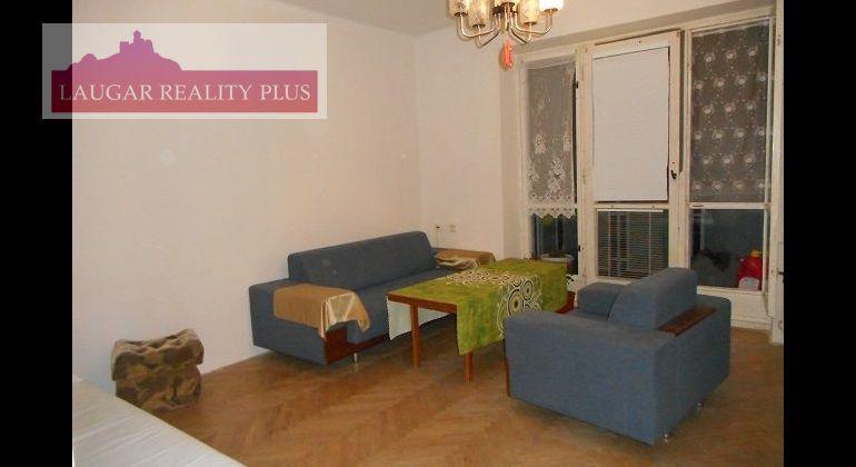 Švermova ul.,  tehlový 1-izbový byt, 40 m2