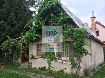 Rodinný dom s pozemkom-Korunovo