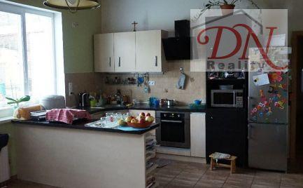 AKTUÁLNE ! Ubytovanie, prenájom rodinného domu / Výčapy- Opatovce / v blízkosti priemyselného parku