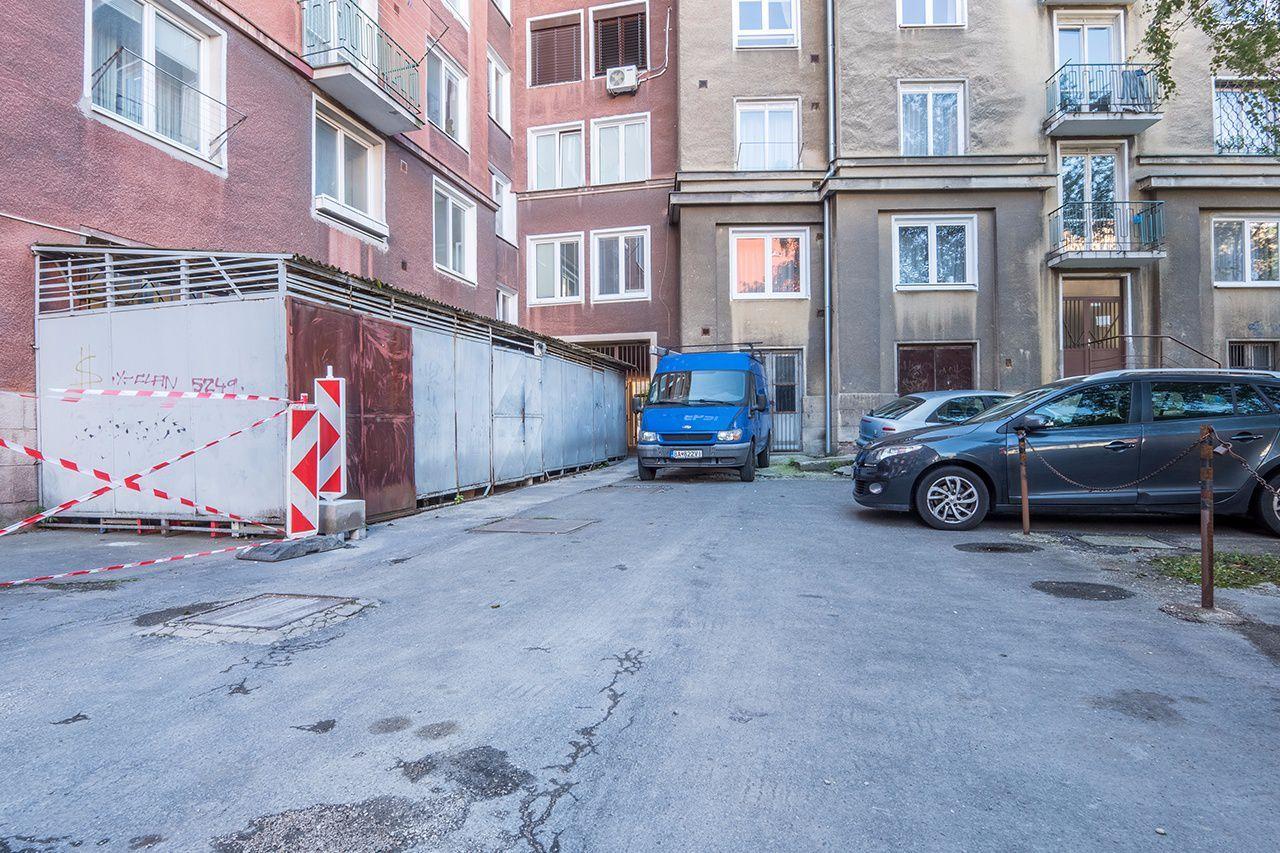 ponukabyvania.sk_Mýtna_obchodné_ČIERŤAŽSKÝ