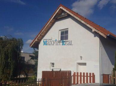 MAXFIN REAL- EXKLUZÍVNE predáme veľký až 8 izb RD vhodný na bývanie aj na podnikanie Cabaj