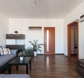 StarBrokers - Len u nás! Predaj 3-i bytu v najtichšej časti Lamača, s podielom na pozemku, veľká zasklená logia