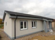 ACT Reality: Novostavba - rodinný dom - bungalov, 657 m2, Malinová
