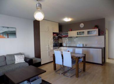 PREDAJ: Krásny 3 izbový byt Vincenta Šikulu Stupava 67m2 s veľkou terasou až 30m2
