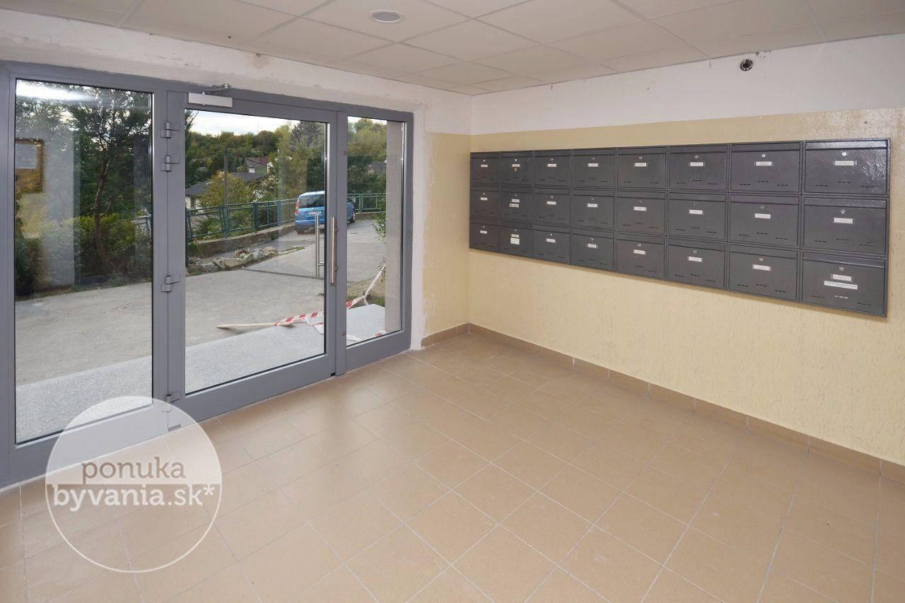 ponukabyvania.sk_Jamnického_3-izbový-byt_KOVÁČ