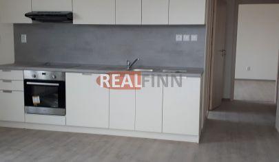 REALFINN PREDAJ  - 2 izbový byt v novostavbe NOVÉ ZÁMKY, VIDEO