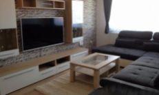 Prenájom 3-izb. slnečný zariadený byt v obci GOLIANOVO