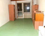 Predaj, veľký 2 izbový byt s balkónom, Lipovec