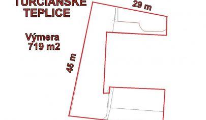 TURČIANSKE TEPLICE rovinatý stavebný pozemok 719m2, centrum