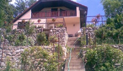 Predaj - Celoročne obývateľný rekreačný dom s pozemkom 600m2 - Stupava - Beleše.TOP PONUKA! EXKLUZÍVNE!