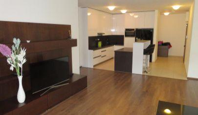 ŽILINA Bôrik Nájom 4 izbový elegantný veľkometrážny byt 151m2 so zariadením