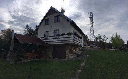 Celoročne obývateľná chata na Červenej Veži pri Piešťanoch