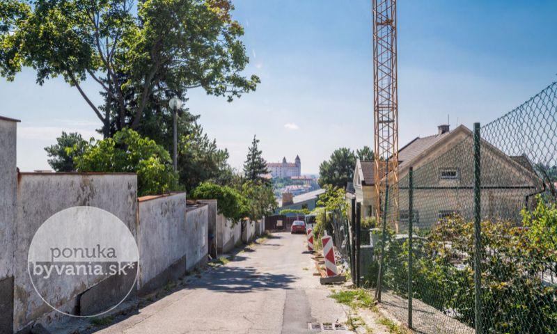 ponukabyvania.sk_Stará vinárska_pre-rodinné-domy_BARTA