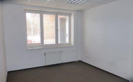Kancelárske priestory v rôznych výmerách na Trenčianskej ul.