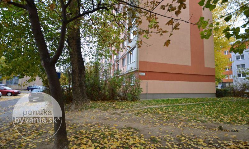 ponukabyvania.sk_Narcisová_3-izbový-byt_BARTA