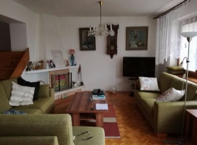 MAXFIN REAL - predaj 5 izbového rodinného domu v radovej zástavbe - Nitra - Chrenová
