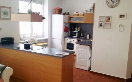 Veľký 3 - izbový byt 81 m2 v lokalite Vrútky