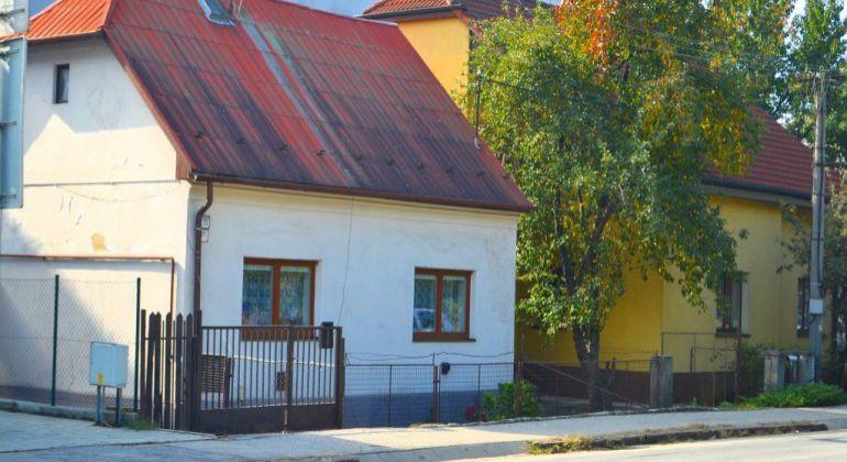Bratislavská ul. 25/71- Rodinný dom na dobrej adrese.