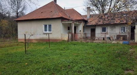 Na predaj rodinný dom, 769 m2, Horná Súča