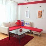 Ponúkame na predaj  2 izbový byt na Veternicovej ulici, Dlhé Diely, Karlova Ves.