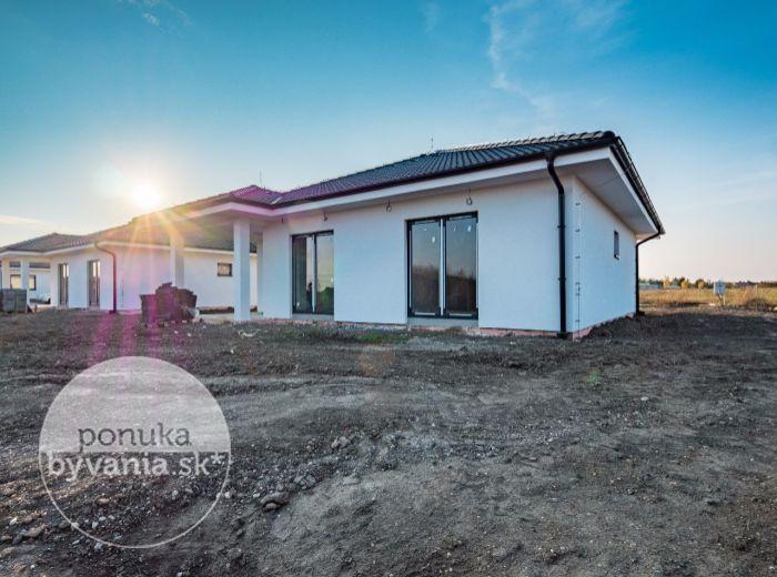 PREDANÉ - MOST PRI BRATISLAVE, 4-i dom, 113 m2 – NOVOSTAVBA 2017, pozemok 655 m2, tehla, PODLAHOVÉ vykurovanie, tichá lokalita