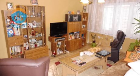 Exkluzívne na predaj byt 3+1 s 3 balkónmi, 74 m2, Nová Dubnica, SNP