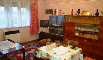 JACOVCE - 3 izb. dom, pozemok 1607 m2,okr. Topoľčany