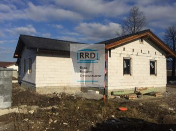 Hrubá stavba rodinného domu Turčianske Teplice