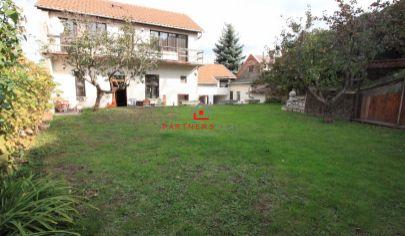 Mestské bývanie a menšia predajňa s administratívou v rodinnom dome,predaj, Košice-juh, Rastislavova