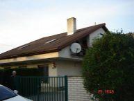 REALFINANC - Odporúčame !!! 6 izbový 23 ročný Rodinný Dom, čiastočne podpivničený, parkovanie pre 3 autá, pozemok 541, Cífer !!!