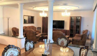 Prenájom - Exkluzívny 3 izbový, velkometrázny  byt s loggiou, zimnou záhradou Staré mesto - BA I.TOP PONUKA !