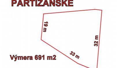 PARTIZÁNSKE stavebný pozemok výmera 691 m2,