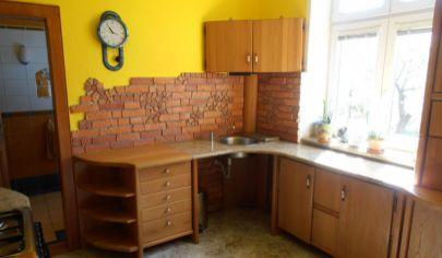 MARTIN  NÁJOM   zariadený 2 izbový byt 60m2 v rodinnom dome, Martin - Priekopa
