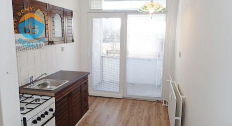Na predaj 2 izbový byt s lodžiou, 48 m2, Ilava, ul. Kukučínova