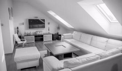 Elegantný podkrovný byt (120 m2), centrum Sp. Nová Ves