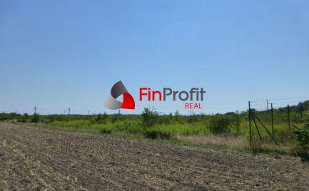REZERVOVANÉ - Investičná príležitosť. Budúci stavebný pozemok v extraviláne obce Čunovo.