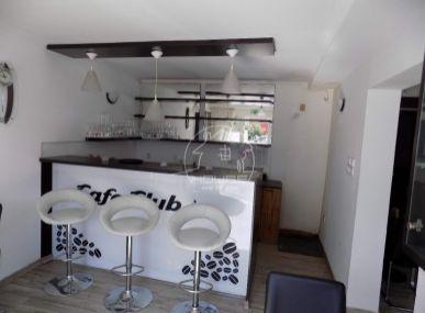 PREDAJ: Kaviareň, obchodný priestor, Café Club  73 m2 , J. Csermáka , Senec