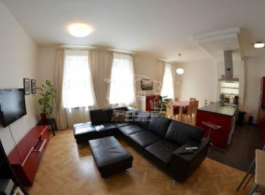 PREDAJ: LUXUSNÝ 4 IZBOVÝ BYT , MEDENÁ ULICA , 107,5 M2 , HISTORICKÉ CENTRUM BRATISLAVY , Luxury 4 room flat , Bratislava Old city center, Medena street