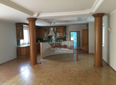 PREDAJ: Veľký dom - Plavecký Štvrtok s pozemkom 2915 m2 ( Znížená cena ! )