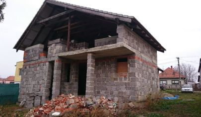 Beladice rodinný dom, 7-izbový rodinný dom, pozemok 2100 m2, okr. Zlaté Moravce