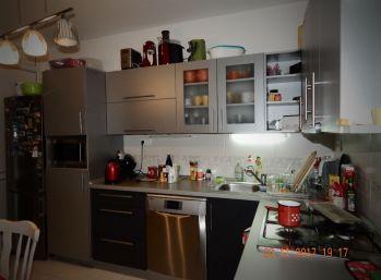 Reality Štefanec /ID-10571/, Veľký Meder, okr. Dun. Streda, predaj 3 iz. bytu, CENA: 49.990,-€