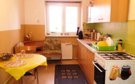 PRENAJATÉ DO 31.3.2021 - 2 izbový tehlový čiastočne zariadený byt Levočská ulica