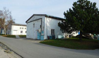 Nitra,výrobne, skladové a kancelárske priestory na prenájom.